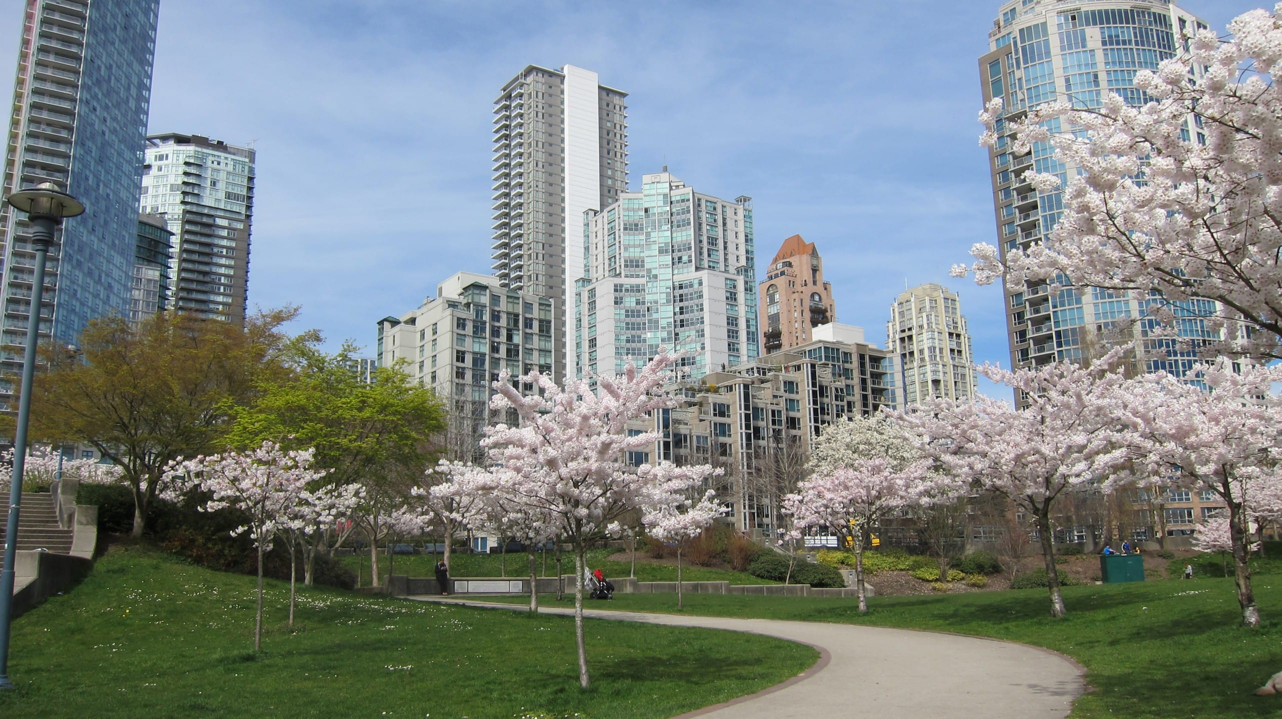 4 Reasons to Work at our Yaletown Office